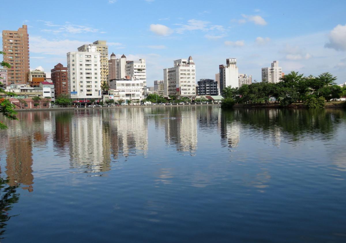 歷經多年整治,台南運河水質及沿岸景觀大幅改善。高維奇/攝